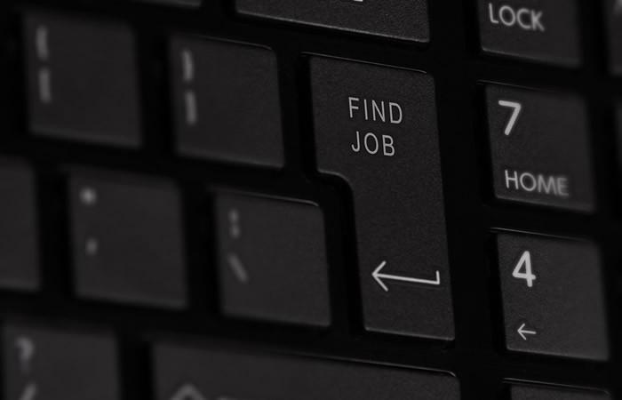 Trouver une travail avec l'aide d'un voyant sérieux